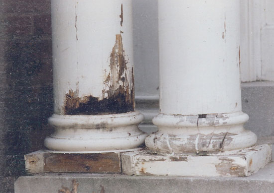 Damage was not confined to the bases and plinths, but continued to the column shafts.